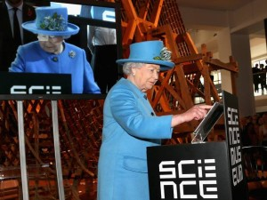 HM The Queen sends her first tweet from the Information Age gallery